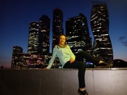 anna_nenakhova
